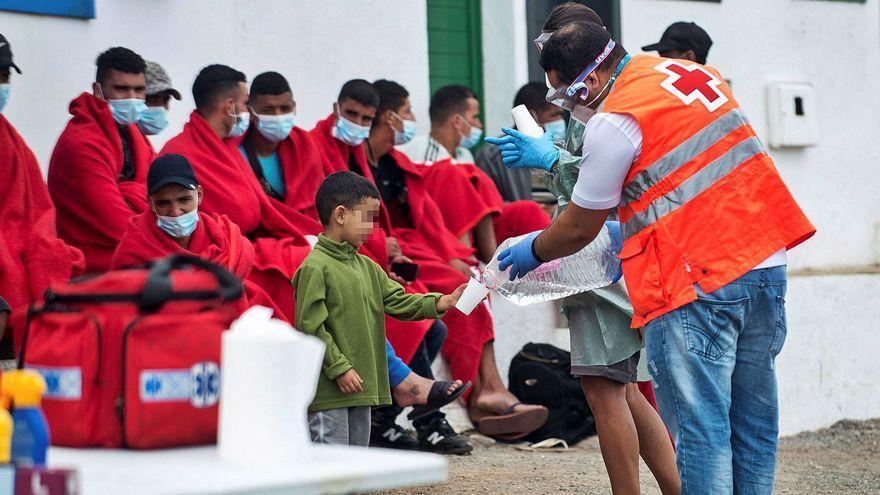 Canarias trabaja con el Ministerio en un protocolo de reparto de menores migrantes con otras comunidades