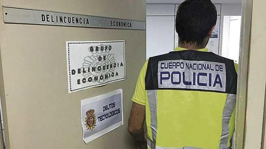 Detenido un empleado por suplantar a su jefe y pedir un crédito de 6.000 euros a su nombre