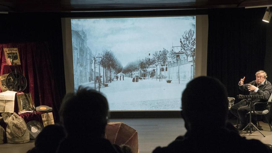 Canal Taronja emet la xerrada de Francesc Comas sobre cinemes i teatres de Manresa