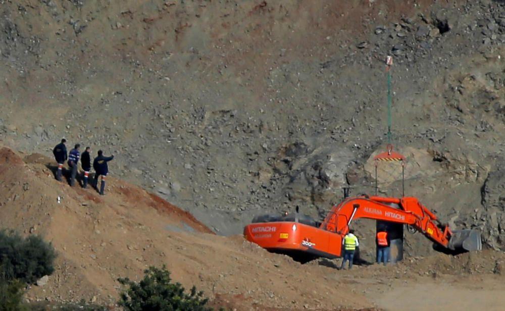 El duro rescate de Julen en Totalán, en imágenes