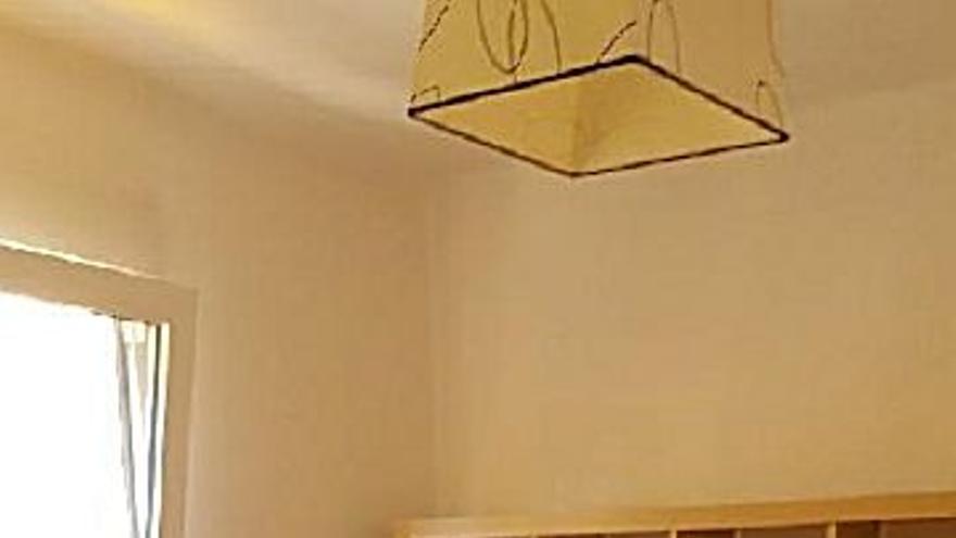 375 € Alquiler de piso en Este (Castelló-Castellón de la Plana) 70 m2, 4 habitaciones, 1 baño, 5 €/m2...