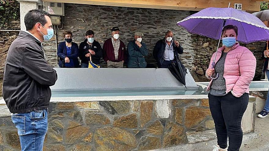 Concluyen los trabajos de acondicionamiento de la fuente de Vilariño, en la parroquia de Santiso