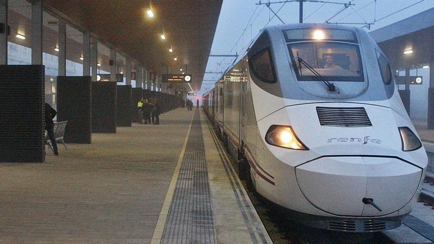 El Ayuntamiento de Zamora busca unión para recuperar el tren madrugador