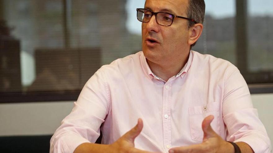 """Diego Conesa: """"Las elecciones se ganan en la barra del bar y en la cola del supermercado"""""""
