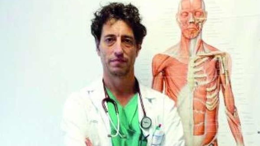 """Alfonso Carregal: """"Dolor crónico es el que pasa de los 6 meses y no se soluciona"""""""