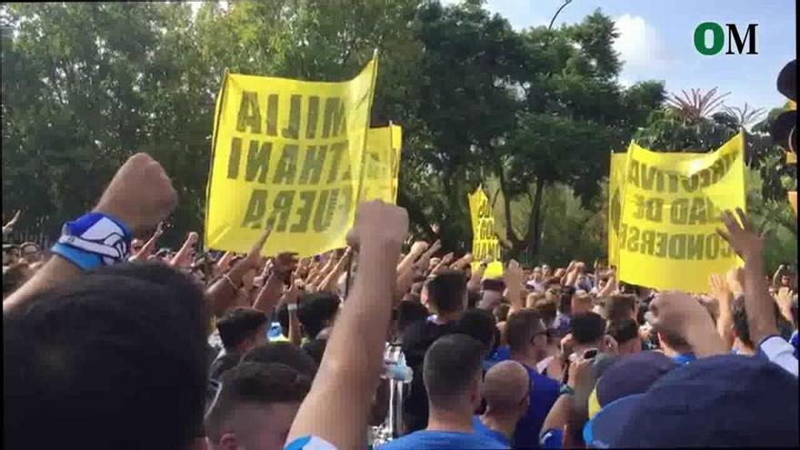 Clamor contra el jeque en la previa del Málaga - Almería