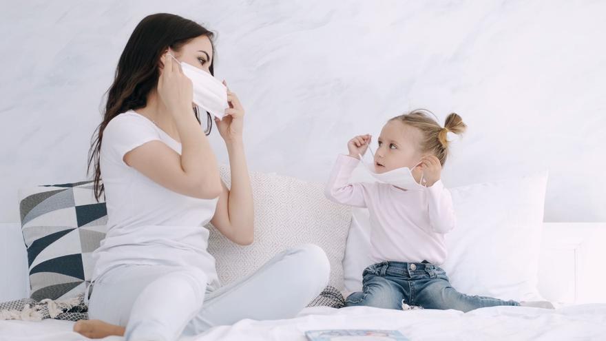 ¿Ver solo mascarillas afecta a los bebés?