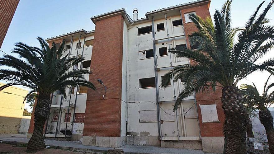 Alzira mejorará la convivencia en las fincas de viviendas sociales