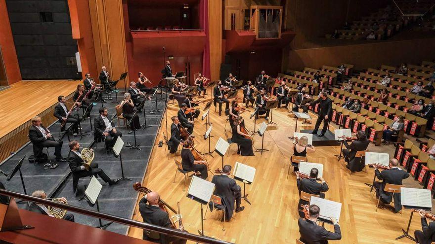 Pinnock, Casadesus, Kremer y Buchbinder, en la nueva temporada de la Filarmónica de Gran Canaria