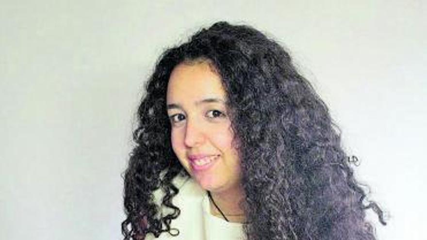 Alba Fernández: Moda clásica con un punto de locura