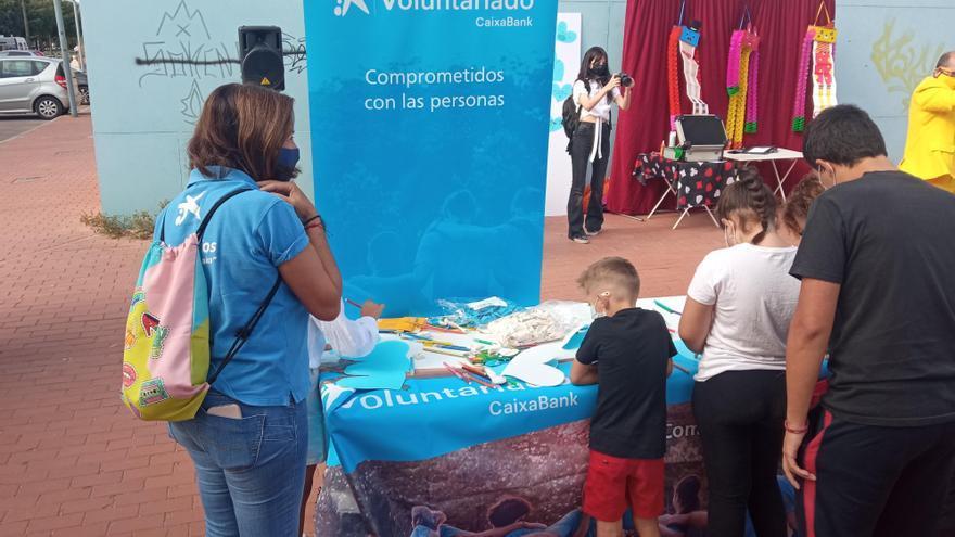 Voluntarios de CaixaBank comparten una jornada solidaria en Córdoba con 50 personas en situación de vulnerabilidad