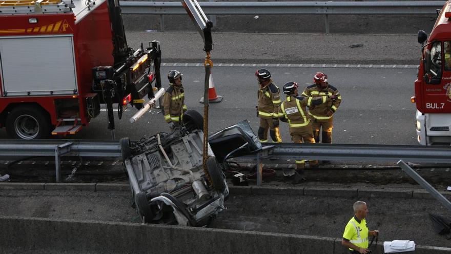 Multa y 15 meses sin carné para el conductor del triple accidente mortal de la AP-9