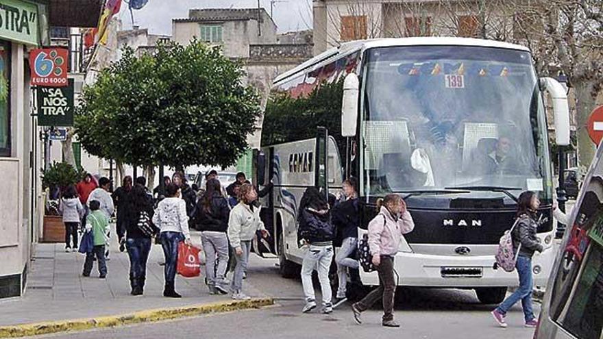 Porreres destina 13.000 euros para el transporte escolar
