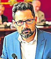 PP   Francisco Pomares. REPITE. Diplomado en Trabajo Social. Experto en bienestar social y servicios sociales. Concejal de Urbanismo, Vivienda y Derechos Sociales.