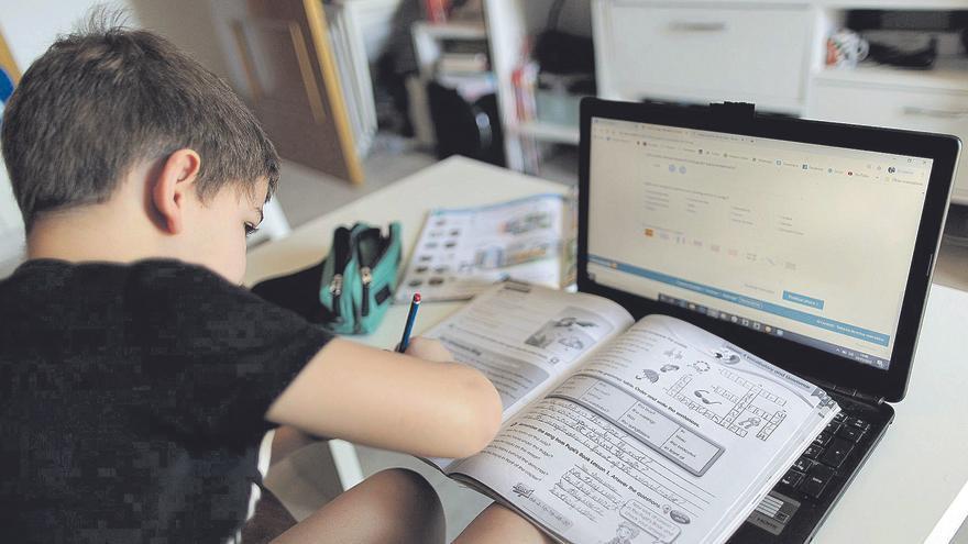 La introducció de la tecnologia a les aules: una nova manera d'aprendre