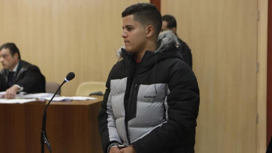 """Dos presos del """"caso Germán"""", ante el juez por otra agresión en Fomento"""