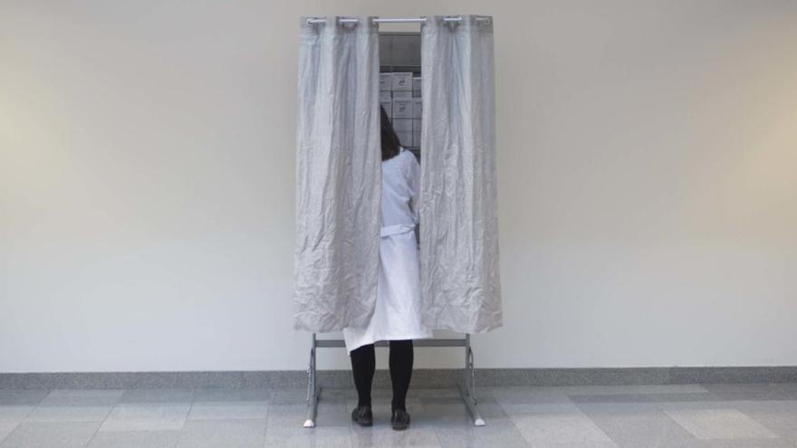 La anulación de 300 votos inflama las elecciones sindicales de la sanidad regional