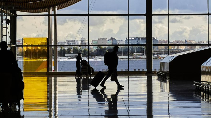 AENA tiene programados para este lunes 201 vuelos con el Reino Unido
