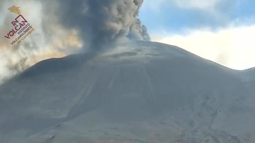 La erupción desde el Camino José Antonio Jiménez (entre Las Manchas y El Paraíso).