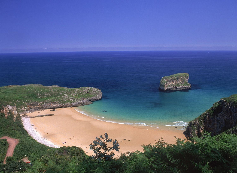 Playa de Ballota (Llanes)