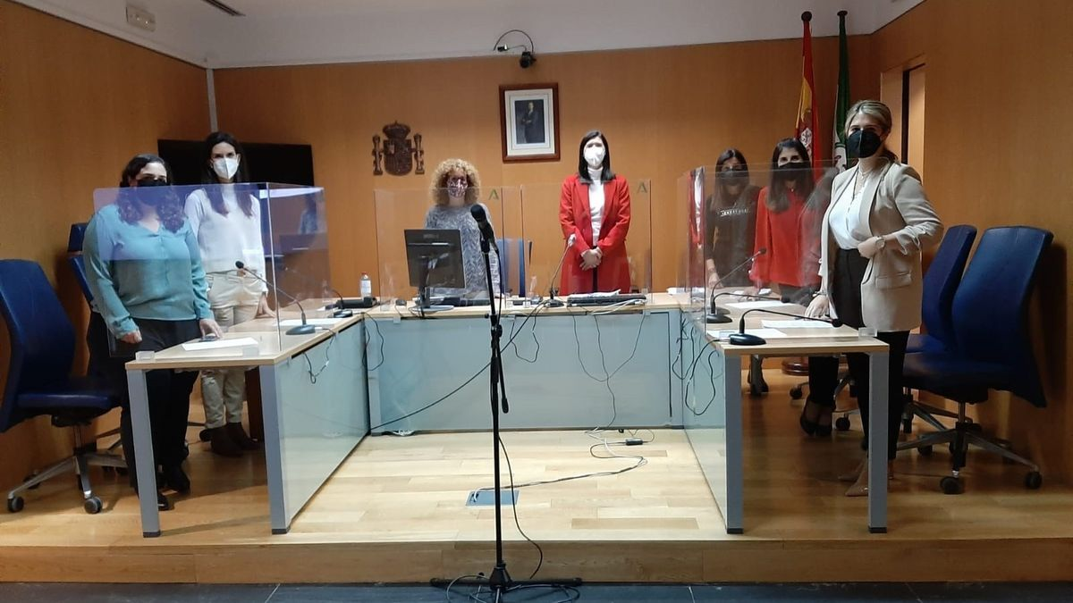 Delegada de Justicia visita los juzgados de Coín, incluidos en el Plan de Reactivación por el COVID