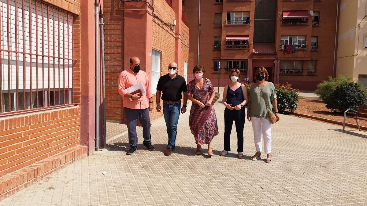 El Ayuntamiento de la Vall d'Uixó y Conselleria inician un proyecto de mediación en viviendas públicas de la Moleta.