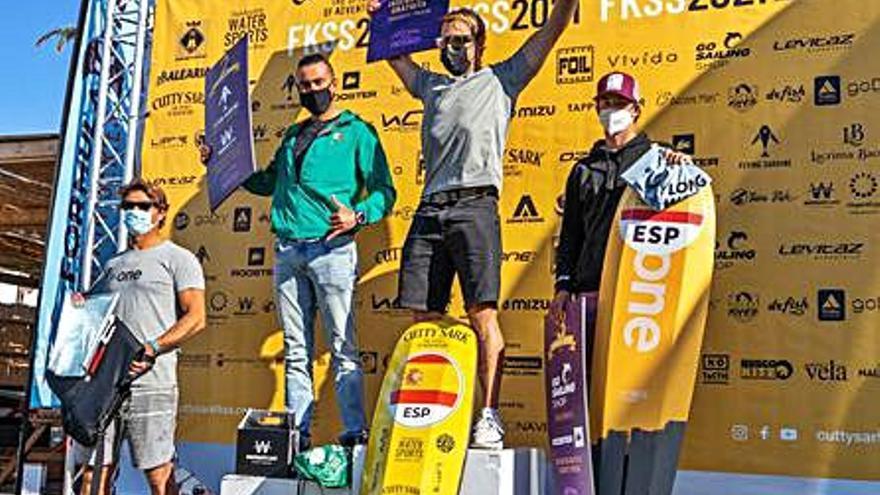 Alejandro Climent se alza como ganador de la Cutty Sark Formentera 2021
