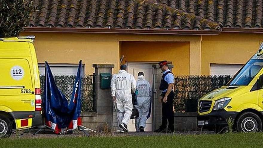 Investigan si una mujer mató a sus hijas de 5 y 6 años antes de suicidarse en Girona