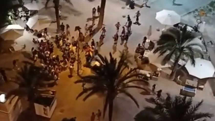 Al menos cinco jóvenes guipuzcoanos, aislados en Mallorca tras dar positivo en covid