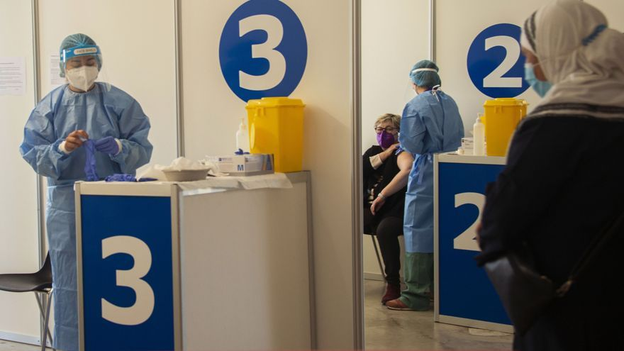 Ministerinnen auf Mallorca befürworten Impfpflicht