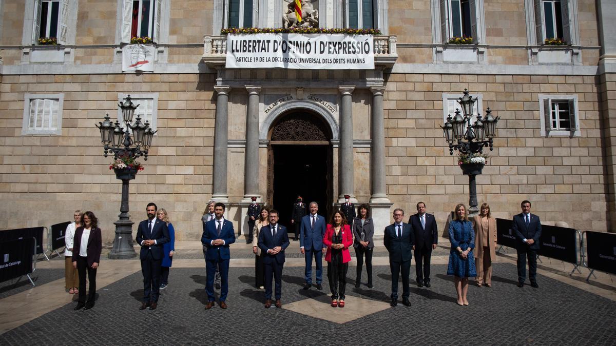 Foto de família del nou Govern presidit per Pere Aragonès