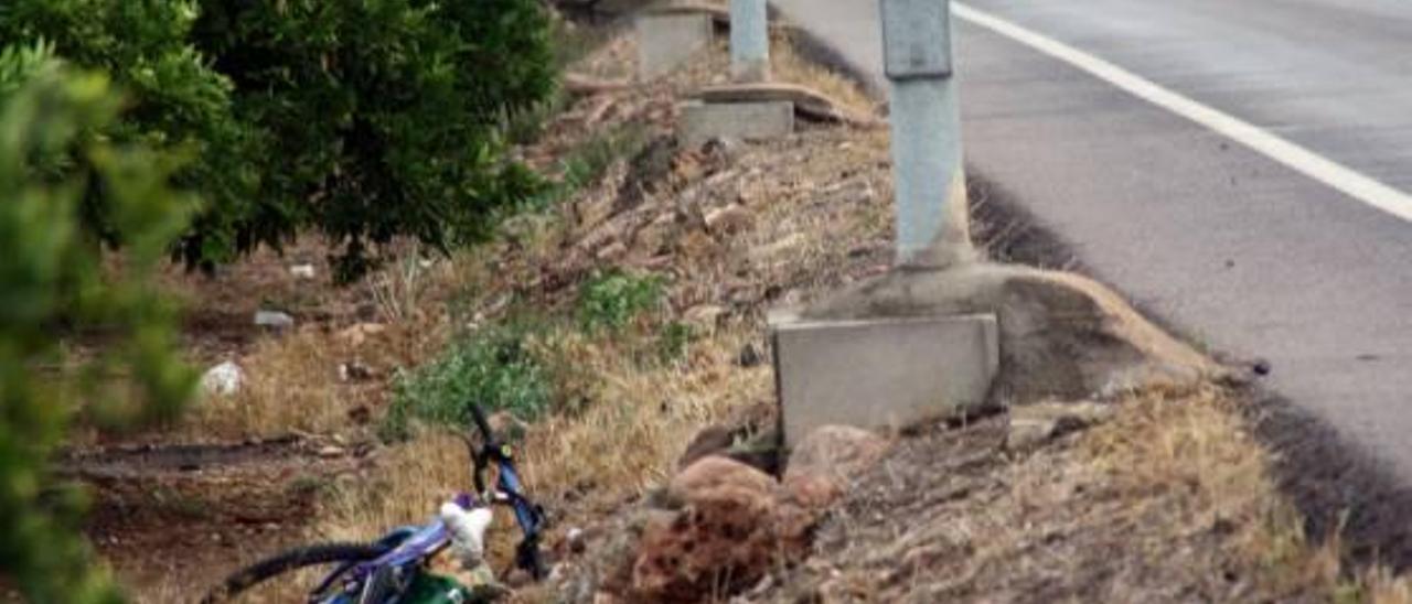 La familia del atropellado pide ayuda para encontrar al conductor huido