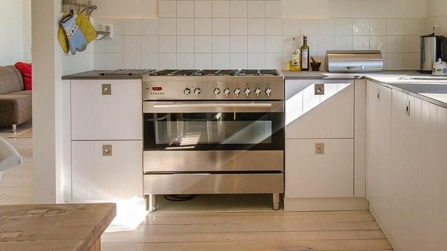 El renovado producto que más se está vendiendo para limpiar el horno sin esfuerzo