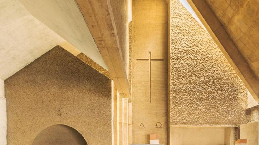 La iglesia de Alcalá y una nave de Güímar, premiadas por el Colegio de Arquitectos