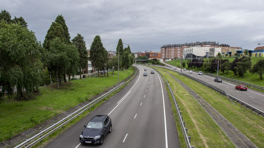 El estudio de Javier Manterola diseña una pasarela curva para la entrada de Oviedo