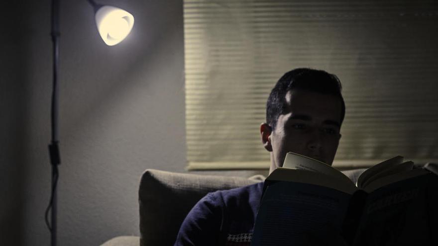 El acoso del recibo de la luz