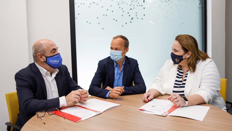 Philip Morris apoya en Canarias a los establecimientos comprometidos con el propósito de alcanzar un mundo sin humo