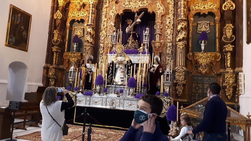 Los pasos de la Semana Santa de Fernán Núñez se pueden venerar en la iglesia de Santa Marina