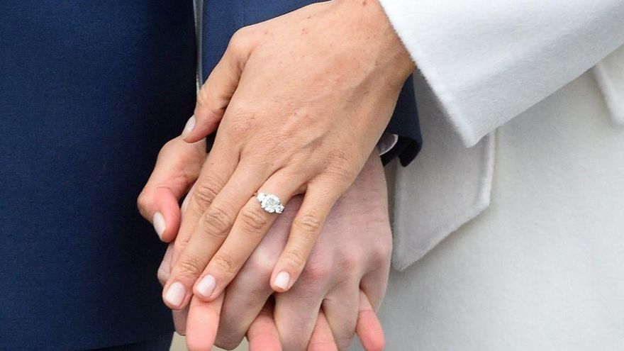 Demanda a su exmarido por no decirle que era gay cuando se casaron en Valencia