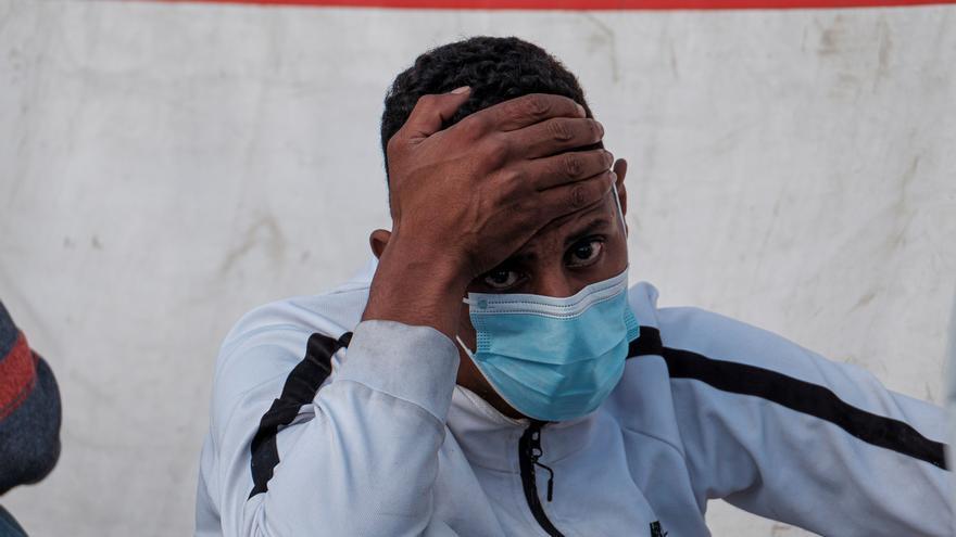 Rescatada una patera con 35 migrantes en aguas de Gran Canaria