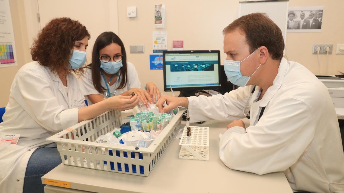 Estudian si el virus afecta más a los enfermos de cáncer de pulmón