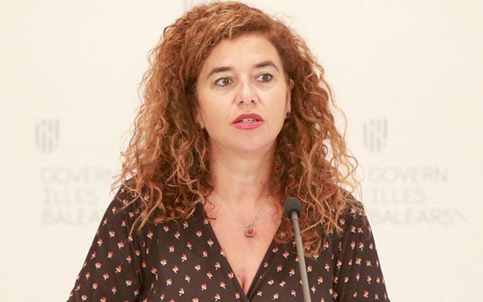 Pilar Costa, PSIB-PSOE, Präsidialamt, Kultur: Macht Pilar Costa weiter? Die Juristin und Politikwissenschaftlerin, die sozusagen die Ibiza-Quote in der Landesregierung erfüllt, hält als Leiterin des Präsidialamts seit 2016 Armengol den Rücken frei. Zuvor war sie Senatorin für Ibiza und Formentera in der zweiten Kammer des spanischen Parlaments, Vorsitzende des Inselrats von Ibiza sowie zwei Jahre lang balearische Innenministerin.