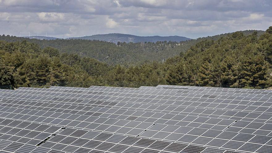 Acciona proyecta en El Toro un parque solar que ocupa 600 campos de fútbol
