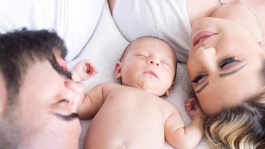 Aceptado el derecho de una madre a sumar el permiso de paternidad