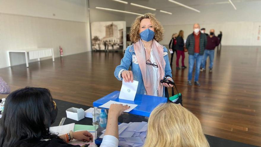 El PP de Torrent elige a Amparo Folgado para presidir la agrupación local