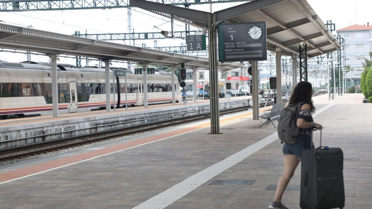La estación de tren de Santiago. // Xoán Álvarez