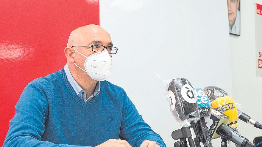 El alcalde de San Vicente asume Recursos Humanos en el reparto de las siete concejalías vacantes