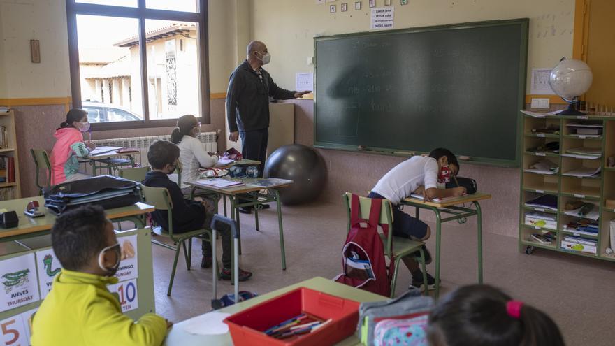 La Diputación de Zamora aumenta un 60% las ayudas para el mantenimiento de las aulas