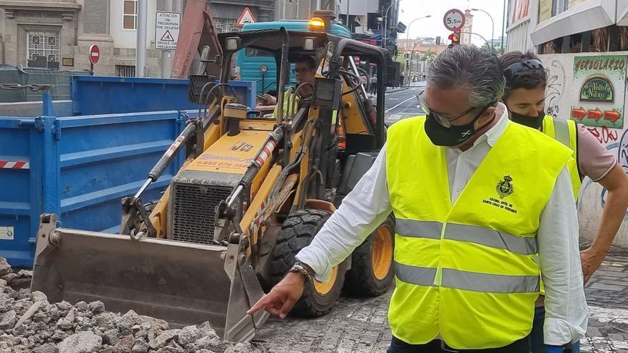 Santa Cruz cierra al tráfico la calle Valentín Sanz para finalizar la remodelación de Imeldo Serís