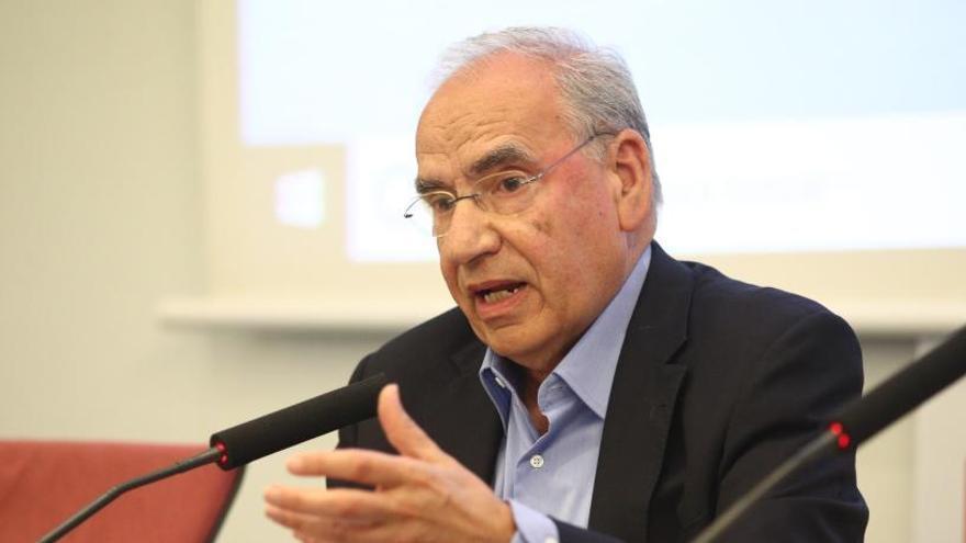 """Alfonso Guerra pide aplicar el 155 """"indefinidamente"""""""